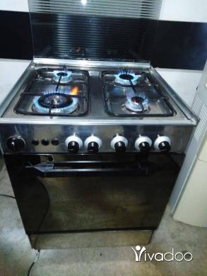 Appliances in Tripoli - فرن ستاليس ٤ عيون شغال ١٠٠بل ١٠٠