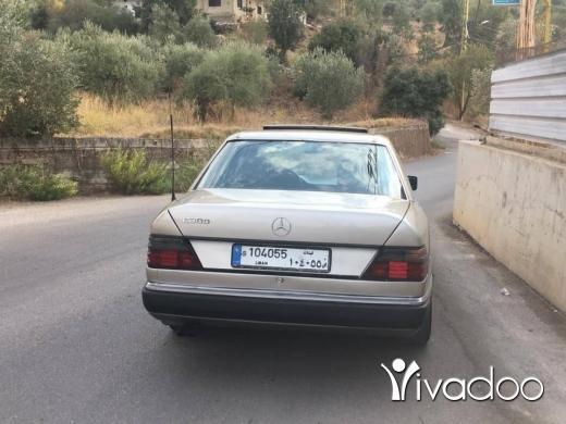 Mercedes-Benz dans Akkar el-Atika - للبيع