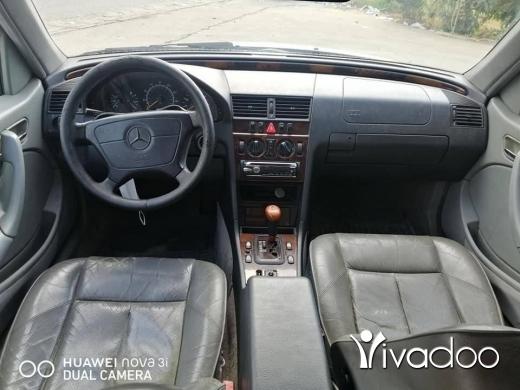 Mercedes-Benz in Minieh - mercedes