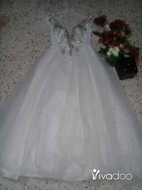 Clothes, Footwear & Accessories in Tripoli - فستان عرس