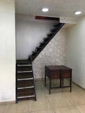 Office Space in Burj Abi Haidar - محل للبيع في برج ابي حيدر ، بيروت