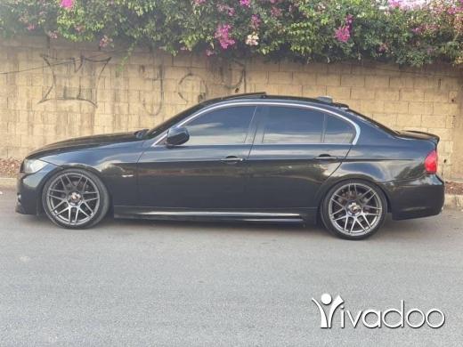 BMW in Tripoli - siyara full option 330 2006 look 2011