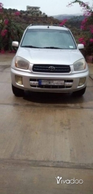 Toyota in Tripoli - رنج رفو موديل ٢٠٠١