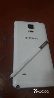 Phones, Mobile Phones & Telecoms in Deddeh - نوت 4 سامسونغ  بحاله جيده 32 جيكا 3 رام