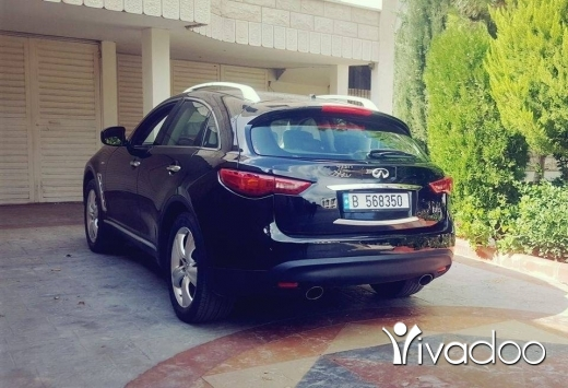 Infiniti in Choueifat - Infiniti FX35 technology 4x4 Black  3.5L 6CYL premium packages.