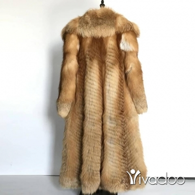 Clothes, Footwear & Accessories in Beirut City - Real golden fox fur coats available now at Anita fur we deliver..