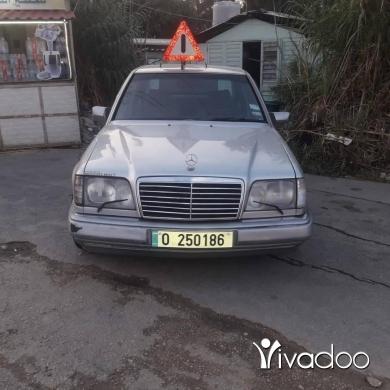 Mercedes-Benz in Majd Laya - سياره  ٢٦٠ موتار فيتاس توب