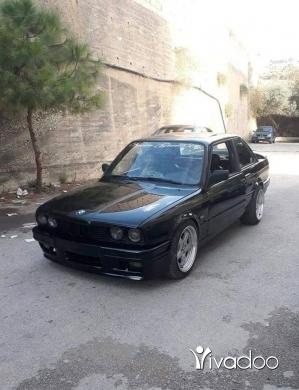 BMW in Nahmeh - e30 328 vainos