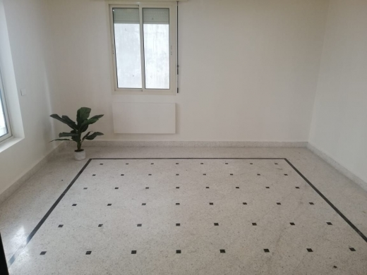 مكتب في اشرفيه - Fully Renovated Office for Rent in Furn El Hayek Achrafieh