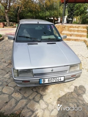 Renault in Tripoli - ‎رينو 9‎ موديل 85