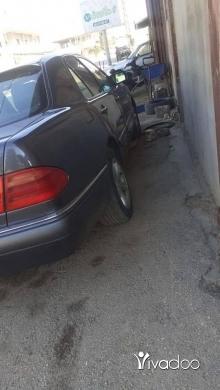 Mercedes-Benz in Akkar el-Atika - ام عيون ٣٢٠ مفول