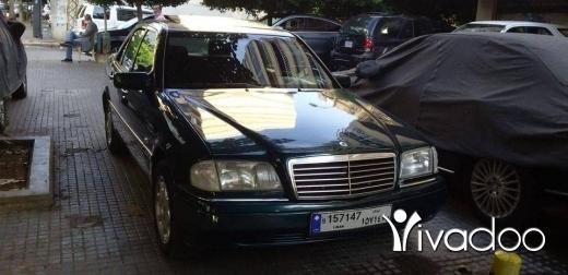 Mercedes-Benz in Kfar Nabrakh - Marcedes c 180