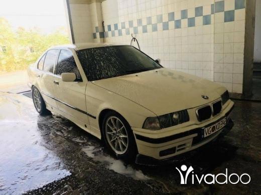 BMW in Sin el-Fil - Boy 325 model 91