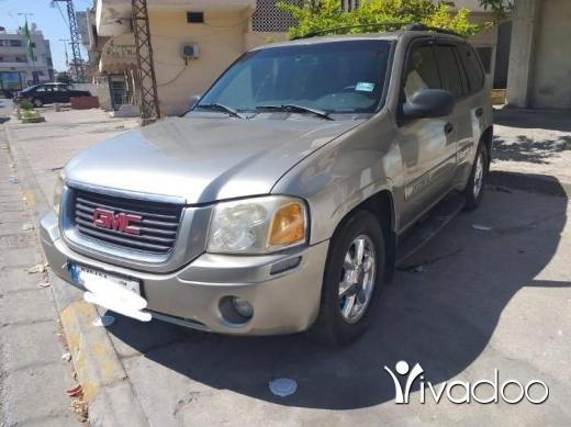 CMC in Beirut City - GMC Envoy 2002