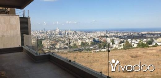Apartments in Baabda - A 365 m2 apartment for sale in Fiyadiye