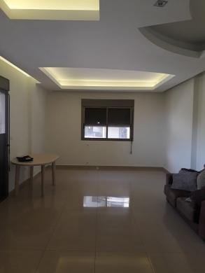 Apartments in Zouk Mikaël - شقة للبيع في المنطقة الخضراء