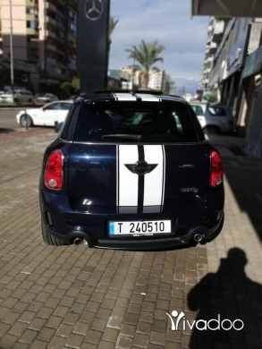 Mini in Tripoli - Mini Cooper S countryman 2011