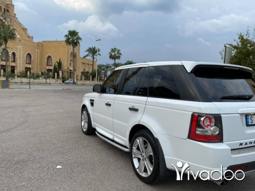 Rover in Beirut City - Range Rover 2011 HSE