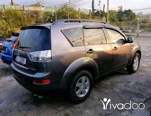 Mitsubishi in Beirut City - outlander 2007 msjl 2020 8,500$ Cell whts aap 03250463