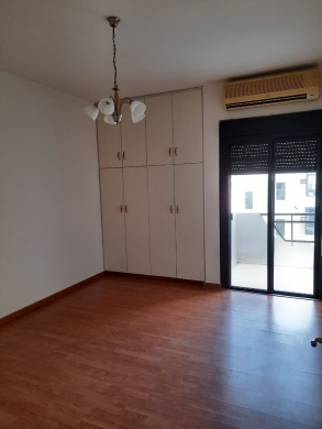 Apartments in Chiyah - شقة للإيجار في عين الرمانة