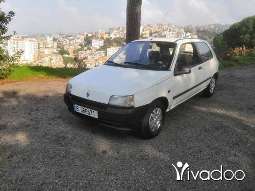 Renault in Beirut City - Clean car