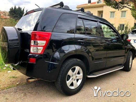 Suzuki in Beirut City - Grand vitara premium v6 full options super clean leather seats black interior and black exterior