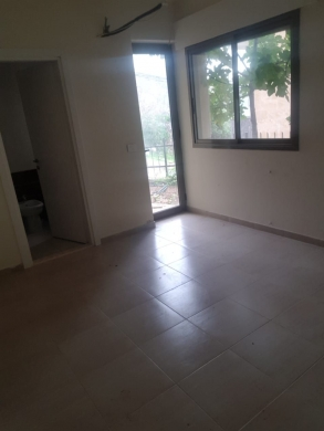 Apartments in Zekrit - apartment for rent in Zakrit