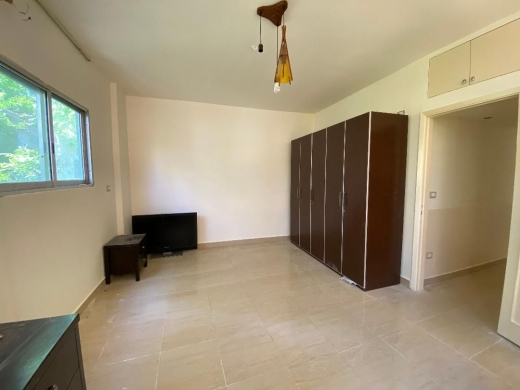 Apartments in Hamra - Private flat in Hamra Beirut for sale