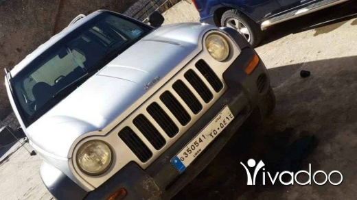 Jeep in Zahleh - جيب ليبيرتي موديل ٢٠٠٣