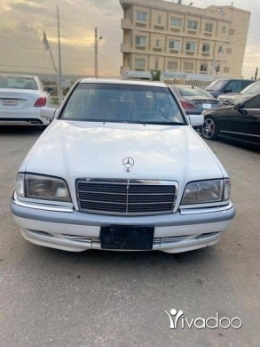 Mercedes-Benz in Majd Laya - Mercedes Benz