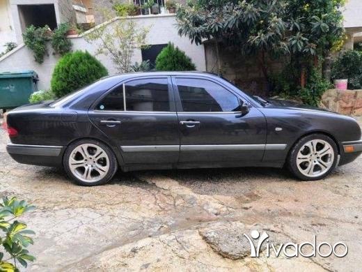 Mercedes-Benz in Klayaat - سياره لسا احلى من الصور