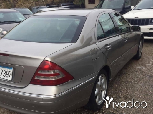 Mercedes-Benz in Tripoli - Mercedes C240 mod 2004 full option call 03172009