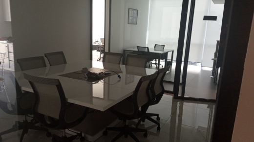 Office in Sin el-Fil - office space for rent
