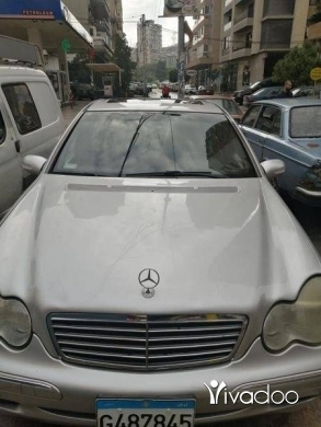 Mercedes-Benz in Tripoli - c240 modell 2003