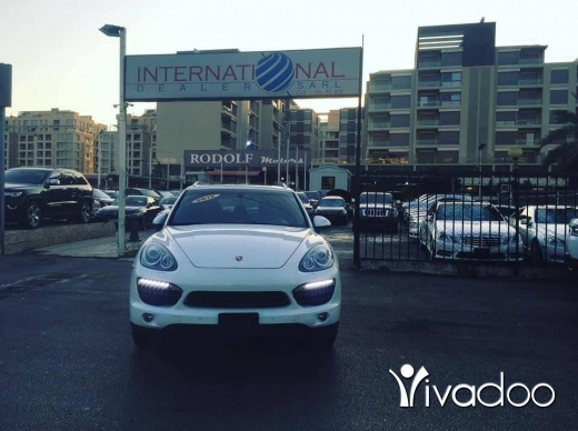 Porsche in Beirut City - Porsche Cayenne V6 2012 Call 03268143