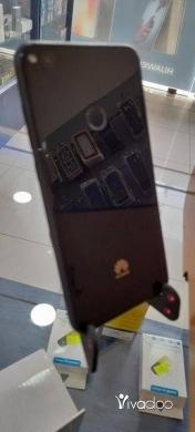 Phones, Mobile Phones & Telecoms in Choueifat - Gr3 2017