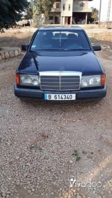 Mercedes-Benz in Akkar el-Atika - ٣٠٠مودليل ٨٩
