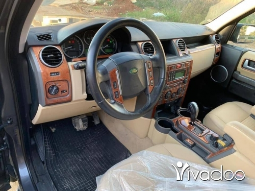 Land Rover in Tripoli - Land rover lr3 2005