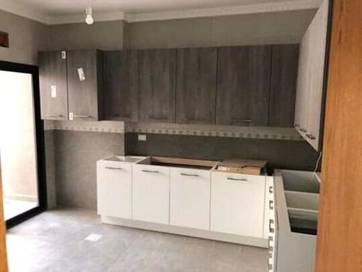 Apartments in Khalde - شقة فخمة جديدة ومطلة عالبحر للبيع في خلدة