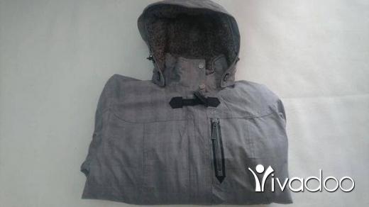 Clothes, Footwear & Accessories in Tripoli - quechua jacket
