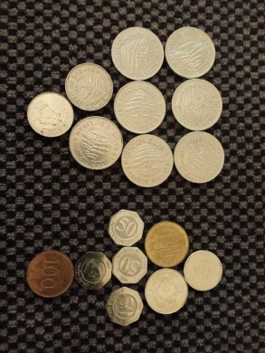Health & Beauty in Hamra - Antique: Old Lebanese currency banknotes &coins;