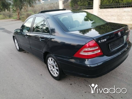 Mercedes-Benz in Zgharta - C 180 mod 2004 phone 76505452