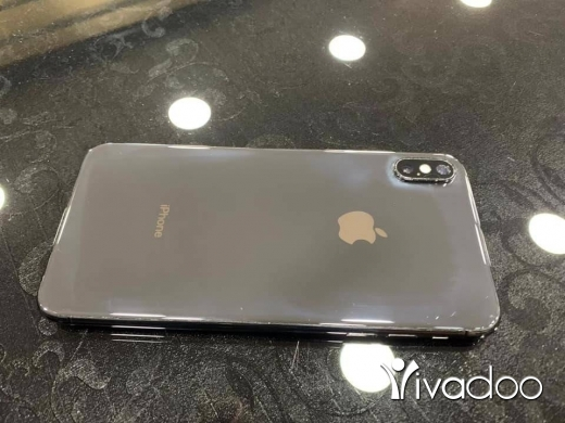 Phones, Mobile Phones & Telecoms in Tripoli - ‎Iphone xs max(64gb) للبيع‎