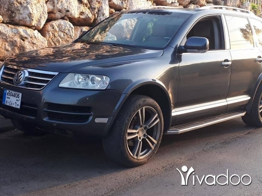 Volkswagen in Beirut City - Vw touareg 2004 look turbo full