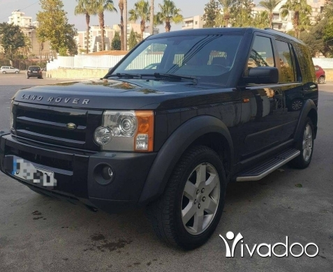 Land Rover in Beirut City - ‎Land rover LR3 v8 Super clean model 2005 full options/black tel 76661351 موجود بي عاليه‎