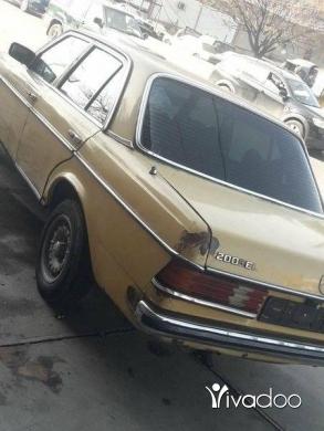 Mercedes-Benz in Akkar el-Atika - ﻣﺮﺳﻴﺪس ٢٠٠