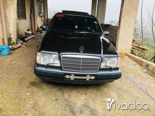 Mercedes-Benz in Minieh - سياره مرسيدس 300
