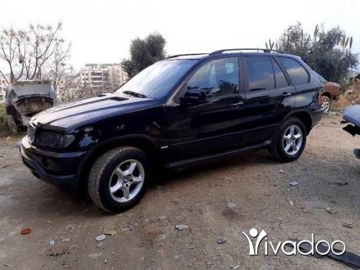 BMW in Akkar el-Atika - X5 2002 mfawal 5are2.ma na2so ber8i