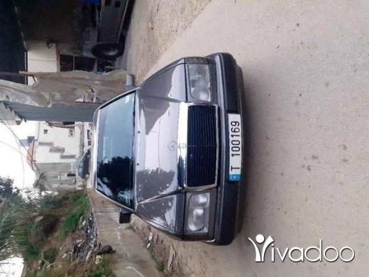 Mercedes-Benz in Akkar el-Atika - Mercedes benz 300 coupe model 90