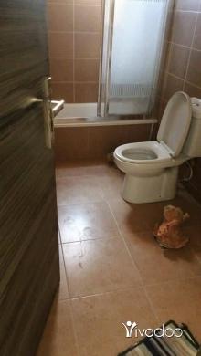 Apartments in Tripoli - لدينا شقة بسعر لقطة في الكورة حارة الخاصة، طابق أرضي 80 متر مع تراس ومساحة خاصة بالشقة حوالي 150 م